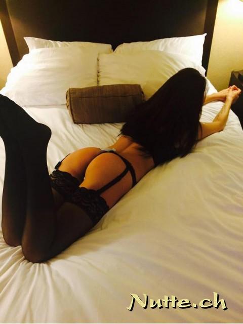 Sie sucht ihn sexanzeige perverse sexkontakte